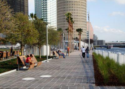 Tampa_Riverwalk_fddeb0de-297a-4e41-845d-ca6811f9e242